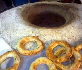 Сдобные лепешки на узбекском тандыре