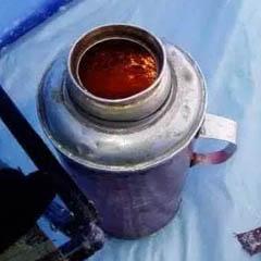 Рыбацкий обогреватель для рук из свечи в корпусе термоса