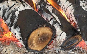 Головешки от сгорания некондиционного топлива